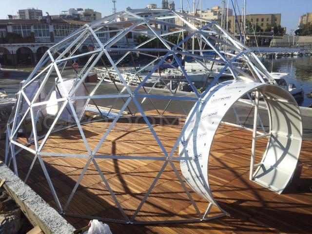 Restaurant futuriste | Dôme en verre Ø8m, Puerto de Ceuta, Spain