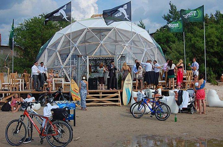 "TUBORG Restaurant ""SHIVA BAR"" Ø11m Dome H5,5m V4"