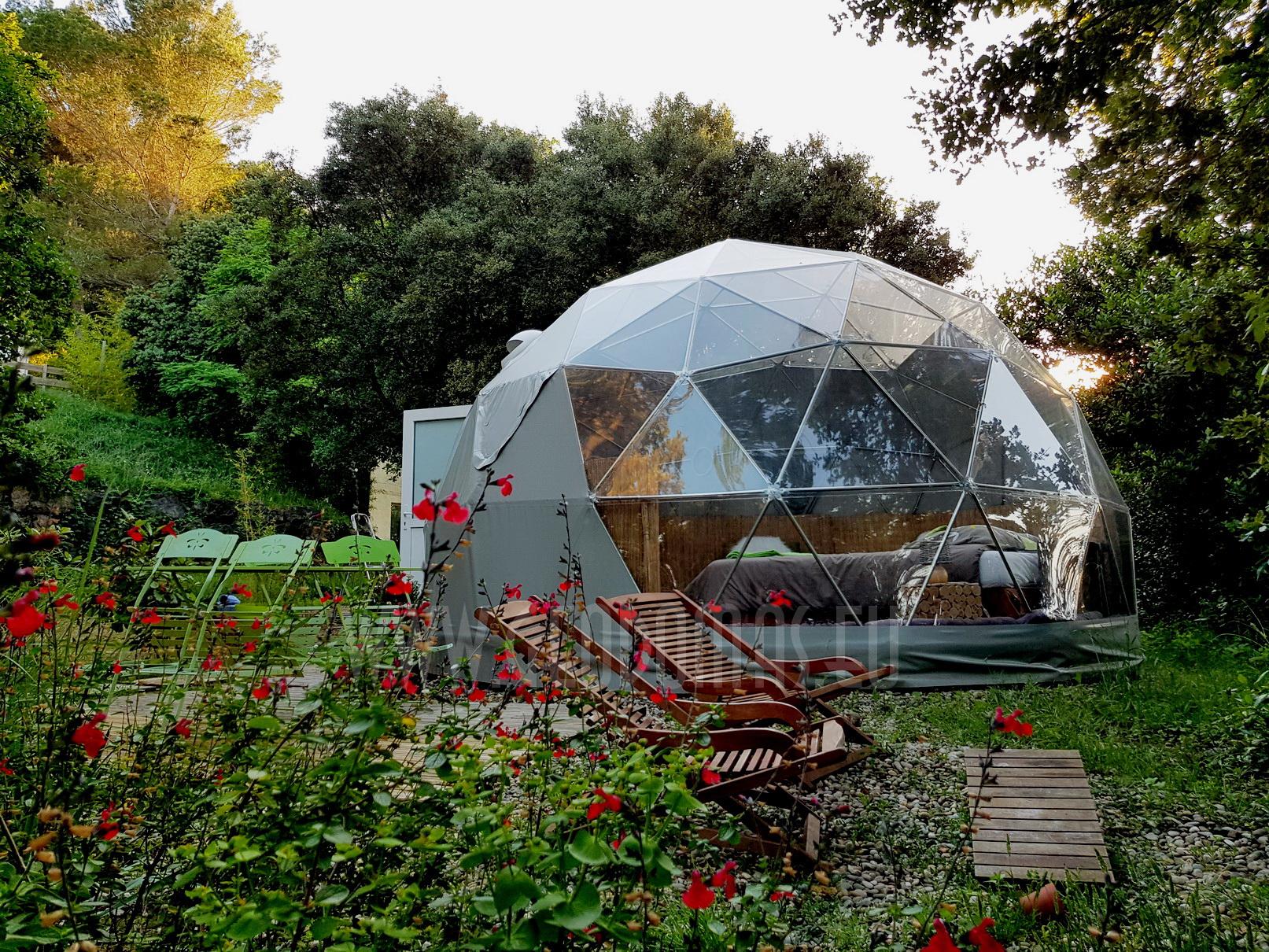 Maisons Bulles™ la nuit dans une bulle transparente | DOME Ø5m F3 20m2