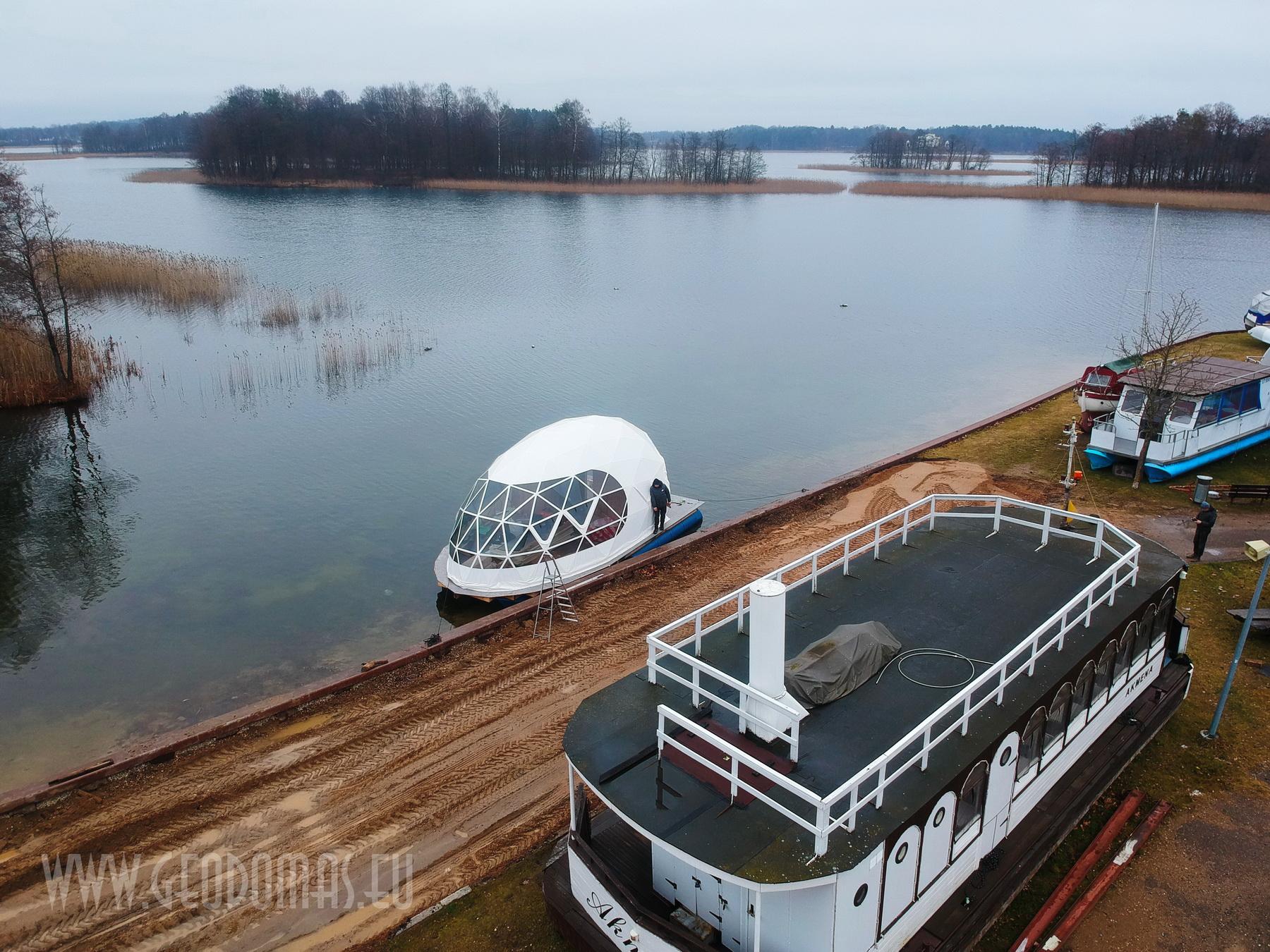 27m² Floating Glamping Dome Ø7m | Recreational Yacht, Trakai